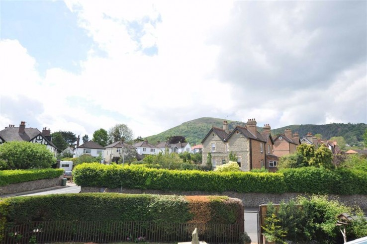 Highfield Road - Worcestershire - Denny & Salmond