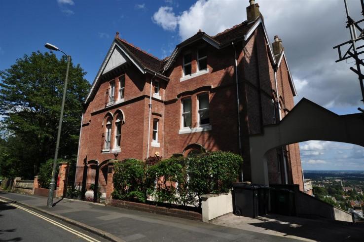 North Penthouse, Wells Road, Malvern - Worcestershire - Denny & Salmond