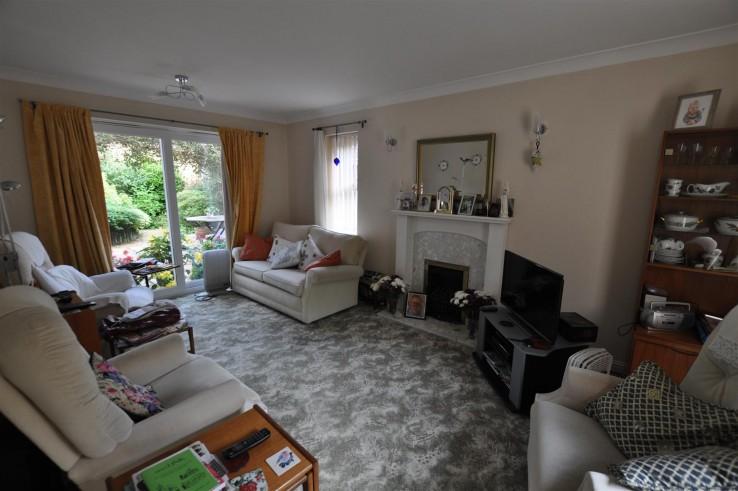 Ash Close, Malvern - Worcestershire - Denny & Salmond
