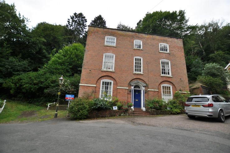 2 Rock House, Holywell Road, Malvern - Worcestershire - Denny & Salmond