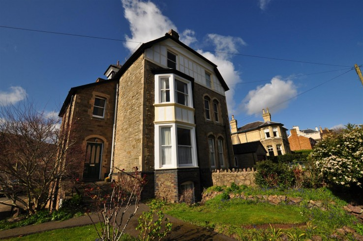 Flat 4, 12 Manby Road, Malvern - Worcestershire - Denny & Salmond