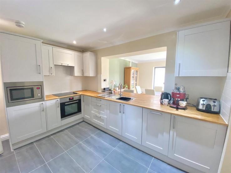 Winnington Gardens, Hanley Swan, Worcester - Worcestershire - Denny & Salmond