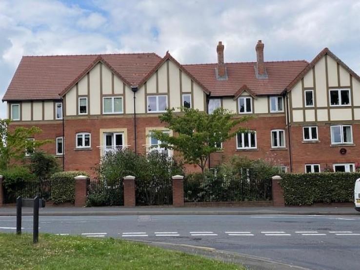 37 Santler CourtWorcester RoadMalvernWorcestershire - Worcestershire - Denny & Salmond