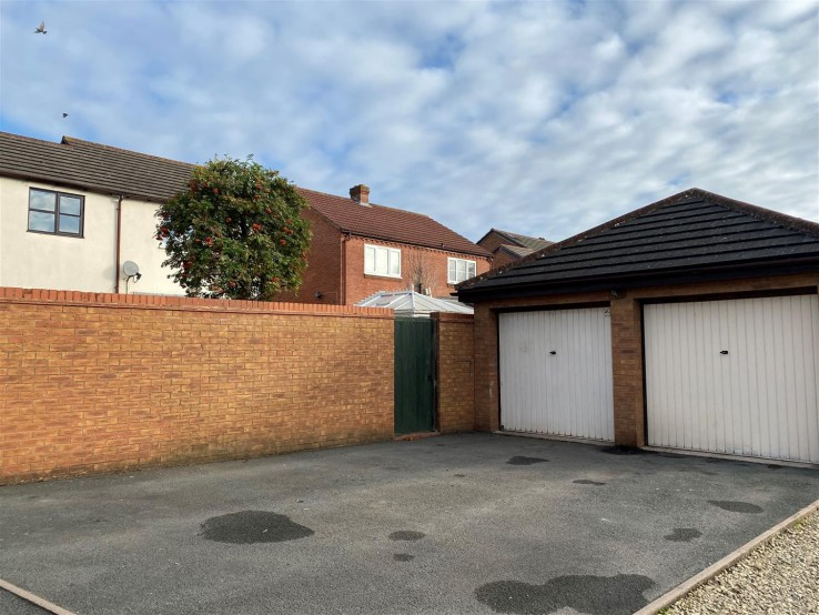 Campion Drive, Malvern - Worcestershire - Denny & Salmond
