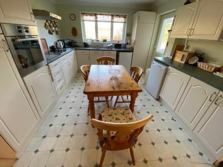 Crown Lea Avenue, Malvern - Worcestershire - Denny & Salmond