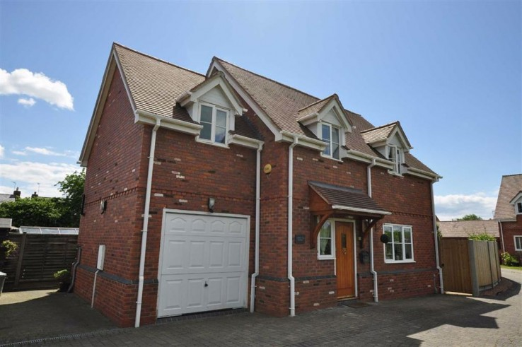 Hillview Drive, Hanley Swan - Worcestershire - Denny & Salmond